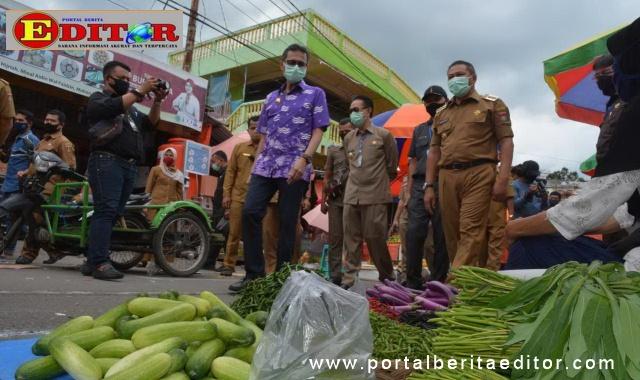 Gubernur Sumbar didampingi Wako Bukittinggi tinjau kondisi pasar Bukittinggi menyongsong penerapan New normal.