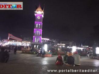 Jam gadang Bukittinggi diwaktu malam setelah PSBB.