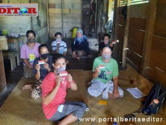 Penerima bantuhan di Mentawai.