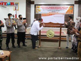 Bupati Gusmal saat membuka Sosialisasi Tahapan Pemilu dan Launching Gerakan Nagari Sadar Memilih di Kab. Solok.