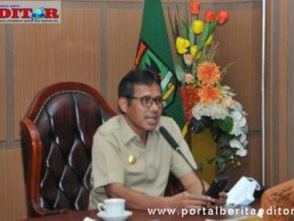 Gubernur Irwan Prayitno saat jadi pembicara pada Webinar.