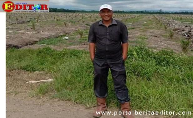 Ketua Parik Paga Nagari Bawan, M, Zaherman dilokasi PT. AMP Plantation.