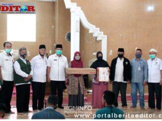 Penyerahan bantuan Basnas Kota Padang Panjang.