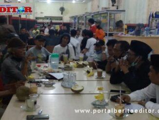 Dialog seniman dengan FKAN Pauh IX.