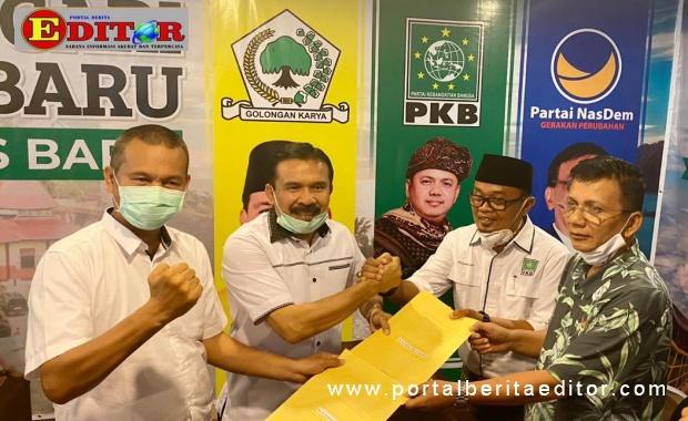 Fakhrizal dan Genius Umar saat mendaftar ke Koalisi Poros Baru.