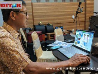 Gubernur Irwan Pryitno saat jadi nara sumber webinar masalah jalan tol.