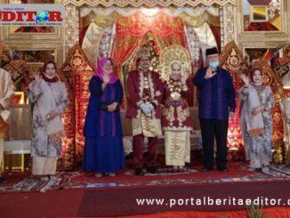 Nasul Abit dan istri bersama Puja dan Ica serta orang tua.