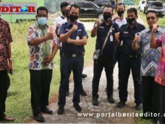 Rombongan PT. KAI dari Bandung di kota Pariaman.