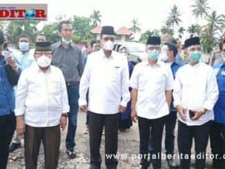 Bupati Irfendi Arbi ikut mendampingi Bapaslon Bupati dan Wakil Bupati Darman Sahladi - Maskar Dt Pobo mendaftar ke KPU Kabupaten Limapuluh Kota.
