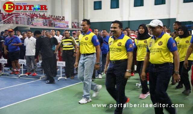 Fakhrizal pada salah satu kegiatan olahraga di Sumbar..