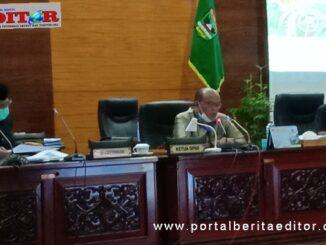 Ketua DPRD Sumbar Supardi saat memimpin Raker dengan Komisi, Fraksi bersama pemerintah daerah,