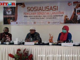 Narasumber Sosialiasi Pemilu Gubernur 2020 di Padang Panjang.