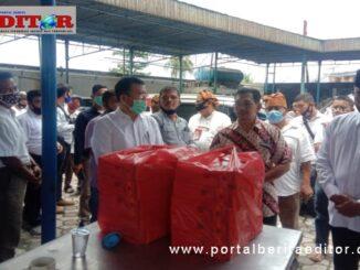 Paslon Independen Wagner Damanik-Abidinsyah Saragih Mendaftar ke KPU Simalungun.