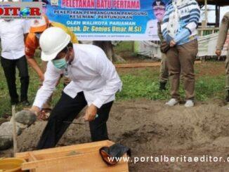 Peletakan batu pertama Panggung Seni kawasan wisata Pantai Kata.