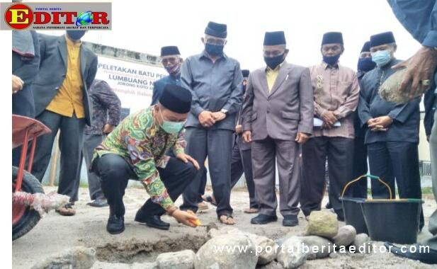 Peletakan batu pertama penbangunan lumbung nagari jorong kito salayan Bukittinggi.