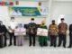 Penyerahan zakat dari Baznas Bukittinggi untuk 16 orang Mustahiq