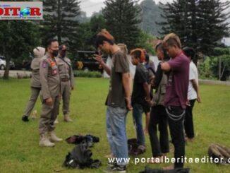 Sejumlah anak punk yang meresahkan masarakat di beri pembinaan di kantor Satpol PP Payakumbuh.