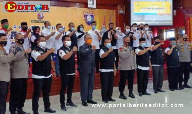 Wakapolda Sumbar Kukuhkan Pokdar Kamtibmas Pariaman, Padang Pariaman dan Agam.