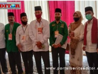 Pasangan Betty Shadiq Pasadigue,Adytiawarman bersama Shadiq Pasadigue dan Pengurus Partai Pengusung