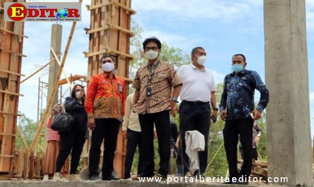 Hari Santosa Sungkari, bersama rombongan datangi sejumlah destinasi wisata di kota Pariaman.