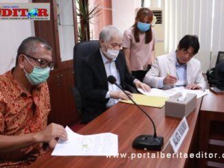 Penandatanganan MoU pembangunan Payakumbuh Convention Hotel di lokasi eks.Balai Kota Bukik Sibaluik antara Wako Payakumbuh Reza Falepi dengan Investor dari Korea.