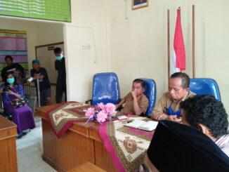 Masyarakat yang mengadu ke LBH Padang Pariaman.