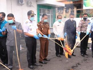 Pemusnahan BB NarkotiKa dan Miras di Kajari Payakumbuh.