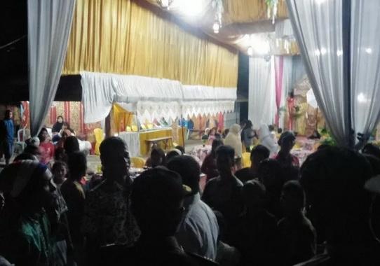 Pesta Pernikahan yang melanggar Perda dibubarkan Satgas Covid-19.