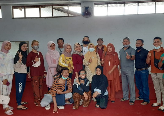 Grup kesenian Limpapeh dari Mungka Kabupaten Limapuluh Kota yang akan tampil di TMII Jakarta.