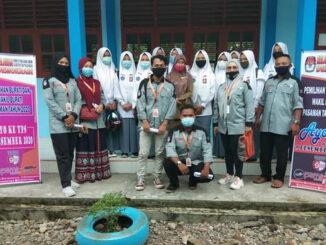 Tim Relasi bersama siswa SMA 1 Bonjol.