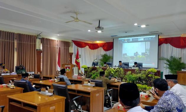 Rapat paripurna DPRD Bukittinggi.