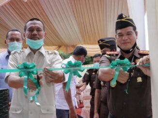 Wali kota Pariaman Genius Genius Umar, Bersama Kejari Pariaman Azman Tanjung Resmi Pos Security di Bangun dana Hibah Pemko Pariaman.