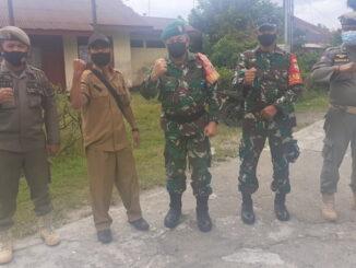 Danramil 03 Sipora bersama tim, Kepala Desa Sioban dan satpol PP Kabupaten Kepulauan Mentawai.