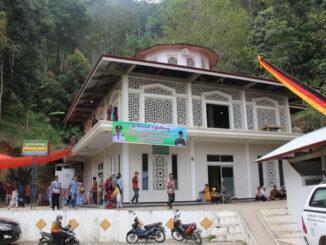 Masjid Baitul Makmur Nagari Simanau yang diresmikan Bupati Solok.