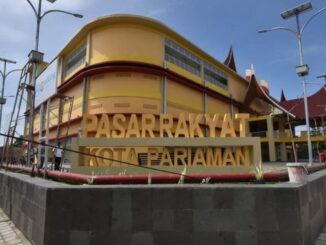 Pasar rakyat Kota Pariaman.