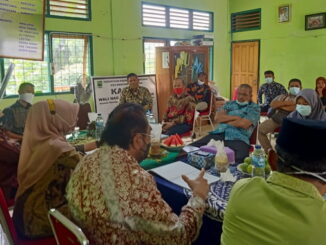 Pertemuan Leonardy dengan walinagari Sungai Durian.