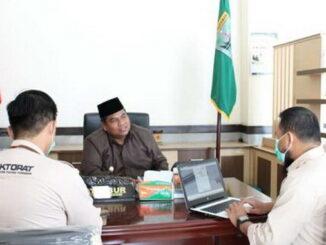 Wabup Suhatri Bur yang telah ditetapkan KPU Padang Pariaman dalam sidang pleno.