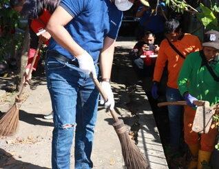 Wawako Payakumbuh pimpin goro bersama dalam rangka peringatan hari peduli sampah Nasional 2021.