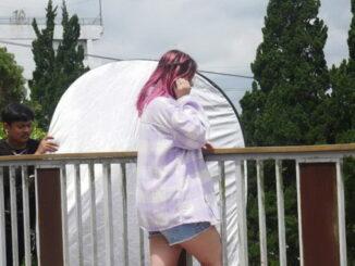Bea Serendy saat syuting videoklip lagu Sampai Matahari Berhenti Bersinar.