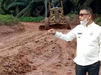Bupati Muratara Sidak ke Lokasi Jalan Rusak di Kecamatan Rawas Ilir.
