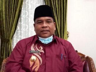 Bupati Padang Pariaman Suhatri Bur.