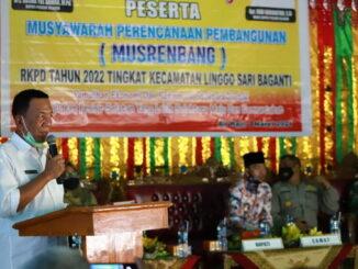 Bupati Yul Rusma Anwar saat memberi sambutan.