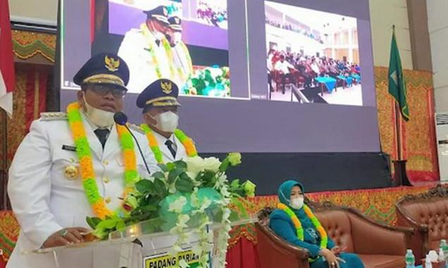 Dengan didampingi Wabup Rahmang dan, Suhatri Bur Bupati baru Padang Pariaman bersilaturahmi dengan unsur Forkopimda dan pemuka masyarakat di IKK.
