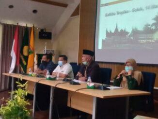 Gubernur Mahyeldi saat memberi sambutan di Balitbu Kab. Solok.