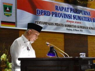 Gubernur Sumbar Mahyeldi saat menyampaikan visi dan misi dalam paripurna DPRD Sumbar