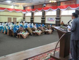Plh Bupati Solok Aswirman saat memberi sambutan.