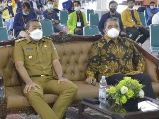 Wagub Audy Joinaldi saat menghadiri Munas BEM SI.