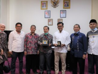 Wawako Payakumhuh bersama Rombongan Rektor ISI Padangpanjang.