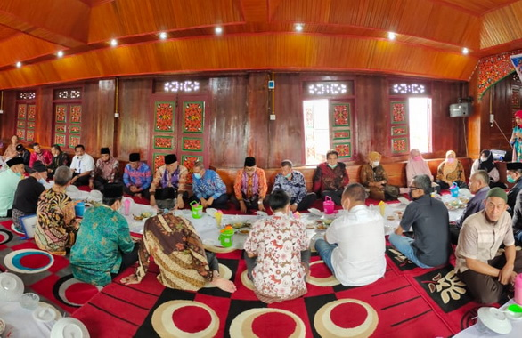 Acara penyusunan grand design pemajuan kebudayaan dan peninjauan objek wisata sejarah dan budaya Nagari Kota Gadang, Koto Anau, Kabupaten Solok.
