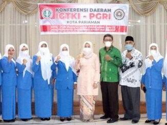 Ny Lucyanel Geniuspada Konferda Ikatan Guru TK Indonesia tingkat Kota Pariaman Tahun 2021.